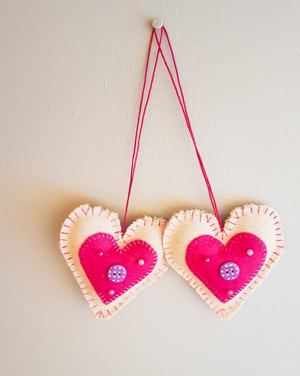 gifts - hanging hearts