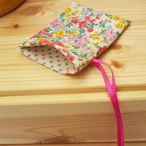 gift bag - small floral stars