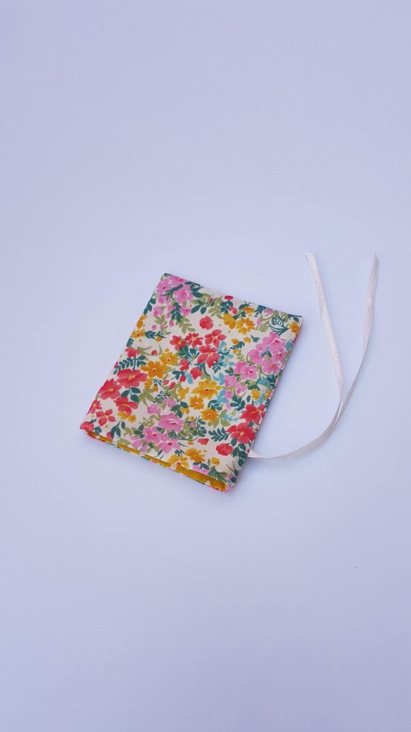 gift bag - floral dotty small