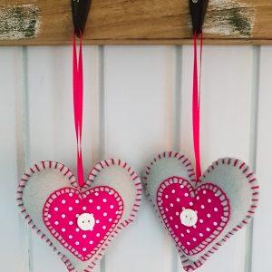 hearts - grey/pink
