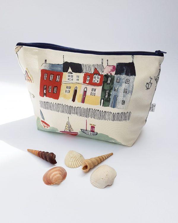 large wash bag - vintage sea